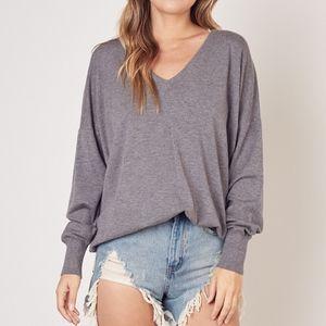 💕NEW!💕 Oversized Grey V-Neck Knit Sweater